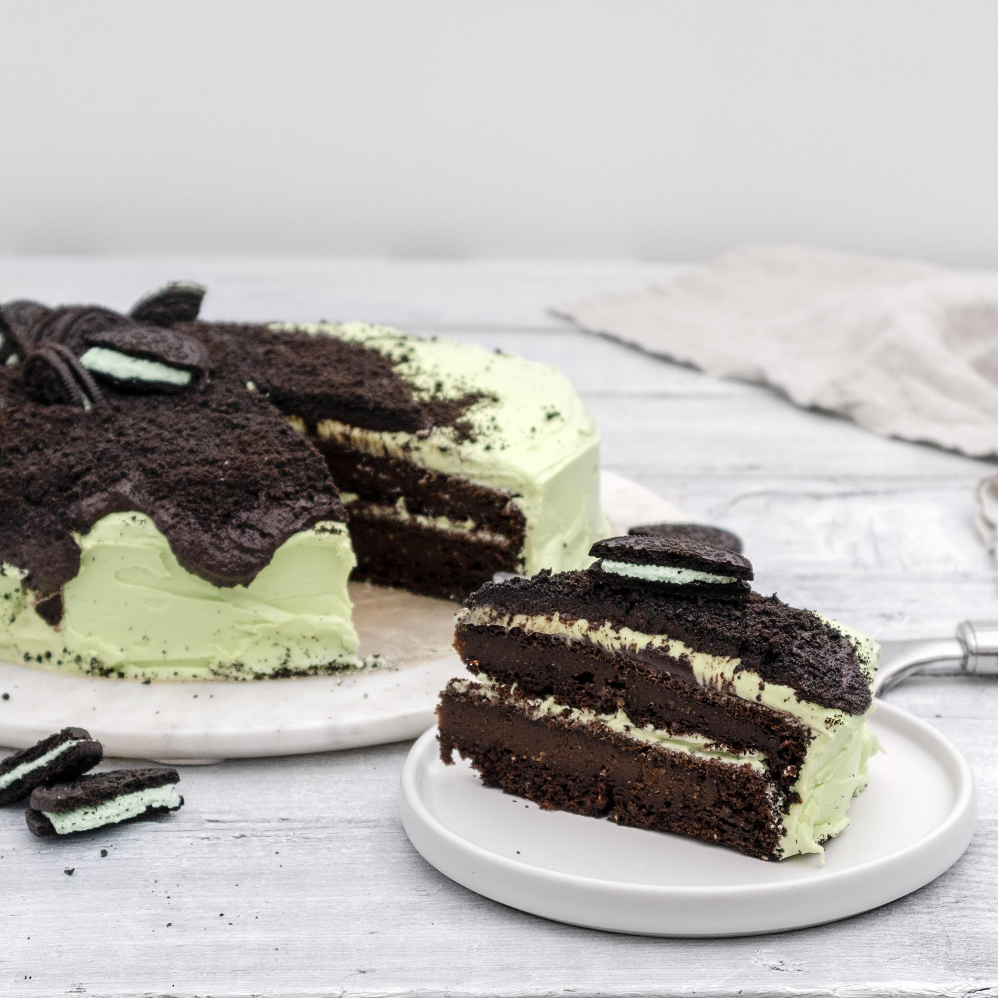 Vegan Chocolate Mint Oreo Cake Recipe