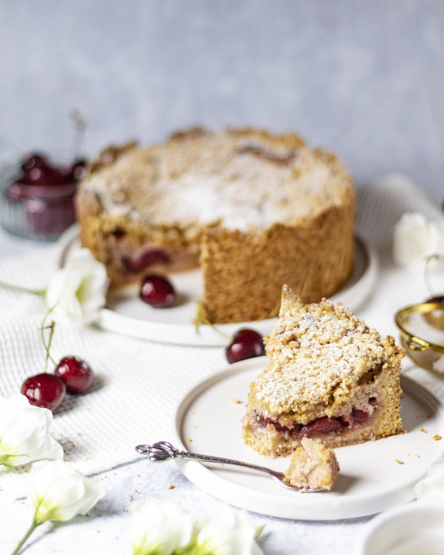Vegan Cherry Quark Streusel