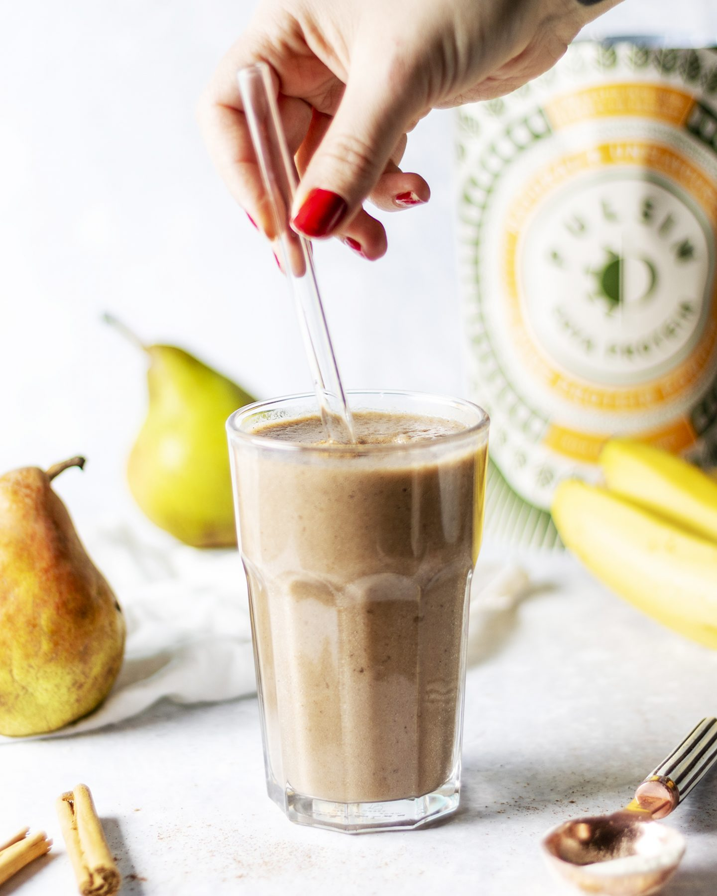 Pear & Cinnamon Smoothie (Vegan)